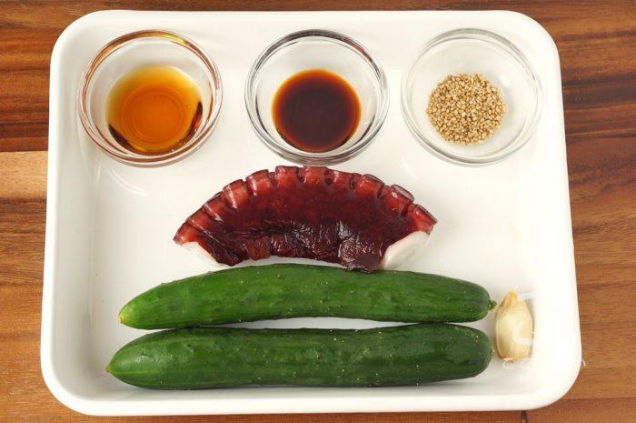 タコときゅうりの中華炒めの材料